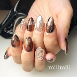 . 今年も成人を迎えられた沢山のお客様が来てくださりました✰*。 成人おめでとうございます。 ありがとうございました(ˊo̴̶̷̤ ̫ o̴̶̷̤ˋ) . . .  #nails#winternails#onecolornails#simplenails#mirrornails#brownnails#metallicnails#ネイル#大人ネイル#大人可愛いネイル#上品ネイル#可愛いネイル#シンプルネイル#冬ネイル#ウインターネイル#成人式ネイル#ミラーネイル#うねうねネイル#ブラウンネイル#タイダイネイル#スカルプネイル#鹿児島#鹿屋#都城#日南#串間#志布志#志布志ネイル#志布志脱毛#milimili #秋 #冬 #成人式 #浴衣 #ハンド #シンプル #3D #タイダイ #ミラー #ミディアム #ブラウン #ゴールド #メタリック #milimili #ネイルブック