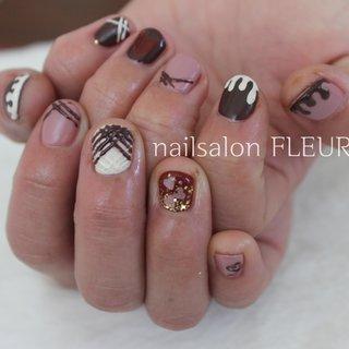❁鎌ヶ谷市プライベートネイルサロン❁  ご来店ありがとうございました♪  ご予約は Nailbook☞Nailie☞minimo メール📧fleur_nailsalon@yahoo.co.jp メッセージからお願い致します♬  #nail#nails#naildesigns#gelmanicure#gelnails#winternails#gelnail#ナチュラルネイル#シアーネイル#バレンタインネイル#チョコレートネイル#シンプルネイル#大人ネイル#上品ネイル#ニュアンスネイル#スイーツネイル#赤ネイル#フィルイン#冬ネイル#ジェルネイル#ネイルデザイン#ネイルアート#鎌ヶ谷#鎌ヶ谷ネイルサロン#鎌ヶ谷ネイル#船橋ネイル#柏ネイル#松戸ネイル#nailsalonfleur #バレンタイン #デート #女子会 #ハンド #ホログラム #ワンカラー #くりぬき #3D #スイーツ #ショート #ホワイト #ピンク #ブラウン #ジェル #お客様 #nailsalon FLEUR #ネイルブック