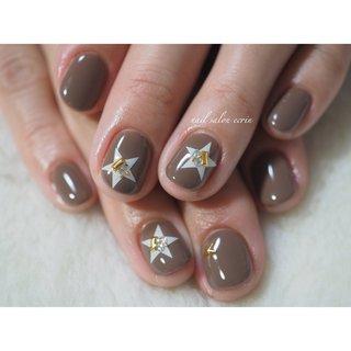 チョコカラーに星アート♡ #チョコレート #ブラウンネイル #星 #ラブエトワール #オールシーズン #バレンタイン #ワンカラー #星 #ブラウン #nail_ecrin #ネイルブック