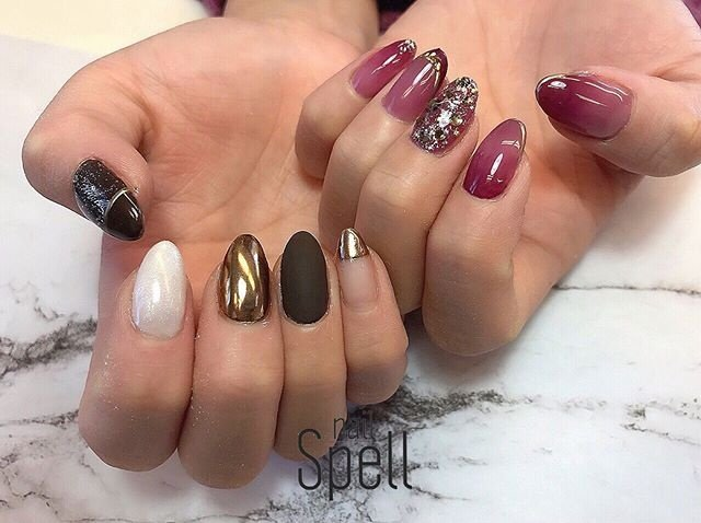 asymmetry💅 ︙ いつもほんわか優しいお客様からの素敵なサプライズが嬉しすぎて‥😭💜 happyで最高の気分の1日を過ごさせて頂きました😇! いつもお爪をお任せ頂き本当にありがとうございます!!💜 ︙ #gelnail#gel#nailspell#nailstagrame #nailsalonspell #nails #冬ネイル#ネイル#手描きアート#ジェルネイル#ネイルデザイン#艶ネイル#ネイルブック #kokoist#アシメネイル#アシンメトリーネイル#上田市ネイルサロン#ボルドーネイル#ニュアンスネイル#ブラウンネイル#asymmetrynail#カシスネイル #nailSpell_azusa #ネイルブック