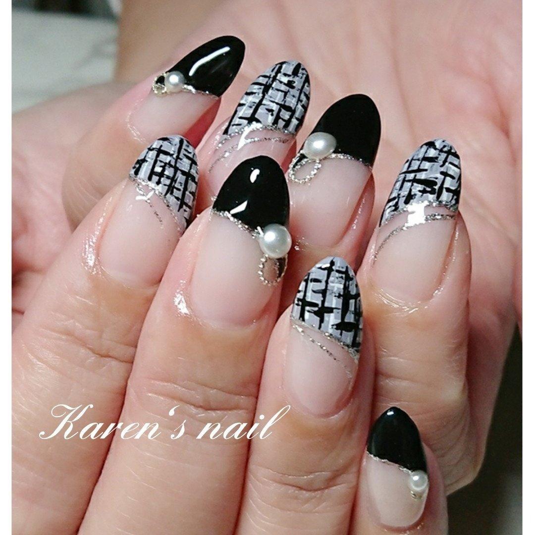 持ち込みデザイン #冬 #パーティー #デート #女子会 #ハンド #変形フレンチ #ラメ #チェック #ミディアム #ホワイト #グレー #ブラック #ジェル #お客様 #karen's nail rierin #ネイルブック