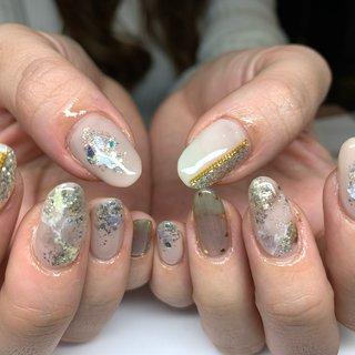 . ニュアンスネイル💅❤︎ 奥行き透明感のあるキラキラ可愛くなりました😊 . #goodnails #shibuya #nails #nail #nailsalon #gelnail #footnail #sculpture #nailart #nailstagram #insta nail #new nail #nailist #2019ネイル #フットネイル #おまかせネイル #スカルプチュア #手描きネイル #渋谷 #渋谷サロン #渋谷ネイルサロン #ニュアンスネイル . #オールシーズン #ハンド #ニュアンス #ミディアム #ホワイト #ベージュ #モノトーン #ジェル #JURI #ネイルブック