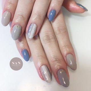 #ナチュラルネイル 持ち込みデザインでした♡ カラーを好きな色をにして冬らしくていい感じ(*´꒳`*)  お客様の雰囲気に合わせて色味やデザインを考えるの得意です!是非お任せください! また、爪が薄い方や弱い方、アセトンがしみる方は一度ご相談ください!  #鳩ヶ谷 #自宅ネイルサロン #ジェル #アセトン使わない #ネイルデザイン #女子力アップネイル #女子力アップ#ぷっくりネイル#ちゅるんネイル #プライベートネイルサロン #鳩ヶ谷ネイルサロン #鳩ヶ谷ネイル #川口ネイルサロン #爪育成 #美爪 #丁寧な施術 #お子様連れok #おしゃれネイル #nailsalonN×N #nail #可愛いネイル #一層残しフィルイン #うるつやネイル #個性派ネイル #ストライプ #グレー #くすみカラーネイル #冬 #オールシーズン #ハンド #シンプル #ワンカラー #ストライプ #ミディアム #ブルー #グレー #スモーキー #ジェル #お客様 #nail salon N×N Nao #ネイルブック