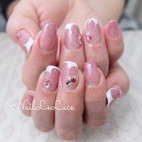 . ♥┴─┴┴─┴┴─┴┴─┴  . 定額デザインの♡フレンチを 多めにお選びいただきました! フレンチに見えてハートなんですょ という技ありアート…♡*.+゚ . ┴─┴┴─┴┴─┴┴─┴┴─┴♥ . . . .  #nailsaddict #nailsnailsnails #coolnailart #frenchnails #simplenails #beautyas #ikebukuro #privetesalon #nailleluce #pinknails #シンプルネイル #スタイリッシュネイル #シンプルなネイルが好き #シンプルだけどスタイリッシュ #池袋南口 #プライベートサロン #オトナ女子ネイル #気分が上がるネイル #ピンクベージュ #ハートネイルデザイン #隠れハートネイル #ハートフレンチネイル #春 #オールシーズン #バレンタイン #ハンド #シンプル #フレンチ #変形フレンチ #ハート #くりぬき #ミディアム #ピンク #ジェル #お客様 #hiramiu•*¨*☆*・゚〖NailLeLuce〗 #ネイルブック