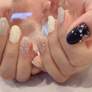 #冬 #バレンタイン #デート #女子会 #ハンド #ラメ #ワンカラー #ビジュー #3D #ニット #ミディアム #ホワイト #ネイビー #シルバー #ジェル #お客様 #nail &eyelash ちゅら #ネイルブック