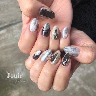 #ハンド #ホログラム #ラメ #ビジュー #チェーン #ニュアンス #グレー #ブラック #シルバー #Jouir for beauty - hair nail eyelash- #ネイルブック
