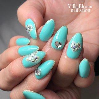 #冬 #バレンタイン #デート #女子会 #ハンド #ビジュー #ハート #ロング #ホワイト #クリア #ターコイズ #ジェル #お客様 #Villa Bloom nail salon #ネイルブック