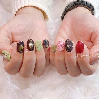 持ち込み画像を参考に✨  いろんなチョコのバレンタインネイル🤎🍫🍓かわいいです😋ありがとうございました💓   #ネイル #ジェルネイル #ネイルアート #nail #nails #nailart #gelnail #福岡ネイル #福岡ネイルサロン #大牟田ネイル #美甲 #冬 #バレンタイン #シンプル #パール #ピーコック #マーブル #マット #レッド #グリーン #ブラウン #saki_cinnamon #ネイルブック