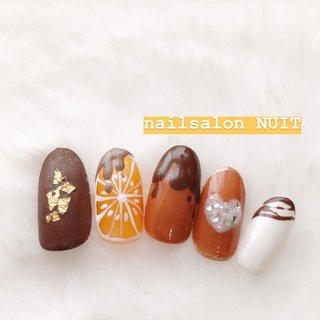 バレンタインのサンプル💅✨ . ⋆ ご予約は Instagram DM. ☃️ TEL...080-7579-0562 ❄️ Nailbook... https://nailbook.jp/nail-salon/26772/reservation/ でお待ちしております😊❤️ ⋆ ※当店は現金又はpaypayご利用可能です💰 (クレジットカードご利用されたい方はpaypay登録お願いしてしております) ⋆ #nail#nailsalon#hamamatsu#nails#nailart#nailst#nailbook#nuit#nuitnail#ニュイネイル#美爪#美甲#光疗甲#ネイリスト#ネイル#ネイルデザイン#ネイルアート#浜松#浜松市中区#ネイルサロン#nailbook#ネイルブック#予約受付中#かわいい#つるつる#キラキラ#冬ネイル#ネイルサンプル#NUITサンプル#PayPay使えます#paypay #秋 #冬 #バレンタイン #デート #ワンカラー #ニュアンス #スイーツ #フルーツ #オレンジ #ブラウン #ゴールド #ジェル #ネイルチップ #nuit_Rika #ネイルブック
