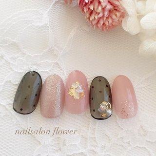 #シースルー #シースルードット #ドット #ピンク#春 #春 #夏 #ハンド #シンプル #ワンカラー #ドット #ベージュ #ピンク #ブラック #ジェル #nailsalon flower #ネイルブック
