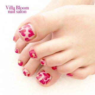 #冬 #オールシーズン #バレンタイン #デート #フット #ハート #ショート #ホワイト #ピンク #ビビッド #ジェル #お客様 #Villa Bloom nail salon #ネイルブック