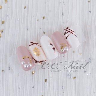 #チョコレートネイル #ホワイト #バレンタイン #春 #デート #ピンク # #春 #バレンタイン #C.C. Nail #ネイルブック