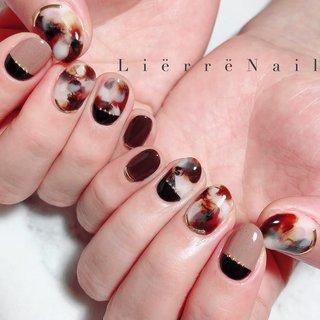 """✞✞✞ ・ ・ ・ ➳ネイルデザイン、ご予約方法、料金などの詳細は """"instagram@lierre87"""" TOPのSalon&Menuからもご覧頂けます☺︎ ・ ➳その他ご来店の際のお問い合わせはお気軽に LINE&Messageで☺︎ (気づかず返事が遅れてしまったらごめんなさい…) ・ ・ ・ #nail #nails #nailart #gelnail #gelnails #naildesign #instagood #newnail #footnail #fashion #beautiful #nailswag  #네일 #젤네일 #指甲 #光療美甲 #ネイル #ネイルアート #ジェル #ジェルネイル #ジェルアート #ネイルデザイン #お洒落ネイル #大人ネイル #上品ネイル #ニュアンスネイル #トレンドネイル #フットネイル #札幌ネイル #ネイルサロン #秋 #冬 #バレンタイン #ハンド #アニマル柄 #タイダイ #大理石 #たらしこみ #べっ甲 #ショート #ブラウン #ブラック #アースカラー #ジェル #お客様 #lierre87 #ネイルブック"""
