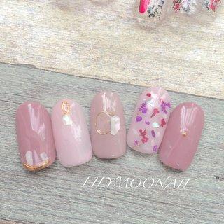 #シェル #ドライフラワー #春 #ハンド #フラワー #ミディアム #ピンク #lilymoonail #ネイルブック