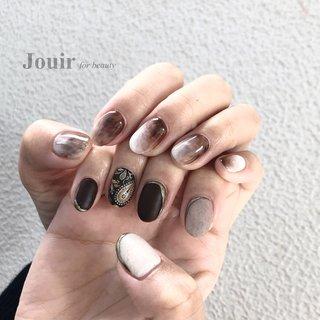 ペイズリー 🍂 #ハンド #アンティーク #イニシャル #ボヘミアン #ニュアンス #ホワイト #ベージュ #ブラウン #Jouir for beauty - hair nail eyelash- #ネイルブック