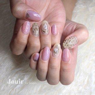 ロココ調×マーメイド🧜♀️ #春 #夏 #海 #リゾート #ハンド #グラデーション #ホログラム #シェル #アンティーク #人魚の鱗 #ベージュ #ピンク #パープル #Jouir for beauty - hair nail eyelash- #ネイルブック