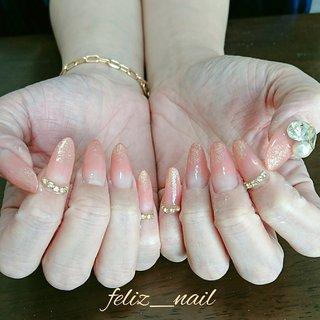 スカルプチュア&ジェルアートし放題コース🐻 とても自爪のお形が綺麗で白い肌のお客様✨ 昔からお世話になっております(^-^) いつもありがとうございます(_ _) #オールシーズン #ハンド #ラメ #グラデーション #ビジュー #ロング #ピンク #オレンジ #スカルプチュア #お客様 #nb173956303f4b #ネイルブック