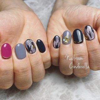 おしゃれネイル♡♡   #ハンド #ジェルネイル #ワンカラー #ワンカラー #ニュアンス #ピンク #ネイビー #グレー #ジェル #Nailroom Cinderella #ネイルブック