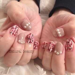 #秋 #冬 #デート #女子会 #ハンド #パール #ツイード #ショート #ピンク #ボルドー #naturalbeauty #ネイルブック