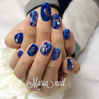 冬の夜空❤︎ #マーブル#ブルー#大人ネイル#大人可愛い #冬 #オールシーズン #デート #ハンド #星 #ニュアンス #マーブル #ギャラクシー #ホワイト #ブルー #ネイビー #ジェル #maria_nail_jda #ネイルブック