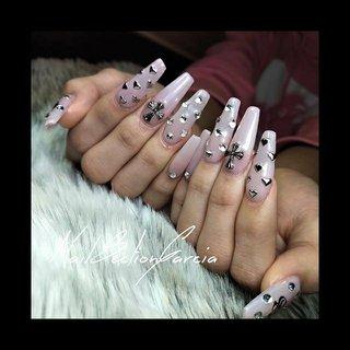 *   ●Nҽɯ Pσʂƚ●   BabyPink  お持ち込みデザインのパーツが 何一つなく申し訳ございませんでした汗  でも、在庫からお気に入りに物が見つかって 良かったです;;  いつもご利用ありがとうございます。 またのお越しを心よりお待ちしております^^   *    #acrylicnaildesigns  #graynails  #ピンクネイル  #ガーリーネイル  #バレリーナシェイプ  #スカルプデザイン  #スカルプ長さ出し  #スカルプネイル            □□□──────────────────□□□  ☈NailSectionGarcia ☈  ⌘address 埼玉県深谷市緑ヶ丘(詳細はご予約後) ⌘LINE@ @epm9456t ⌘Mail nailsectiongarcia@gmail.com  ↡ NailRoomBooks ↡ 『深谷』『ネイルセクションガルシア』で検索‼︎ ⌘hotpepper beauty  https://beauty.hotpepper.jp/kr/slnH000453081/?cstt=13   □□□──────────────────□□□    #art #nails #nailart #naildesign #handpainted #acrylicnails #gelnails #nailjunkie #nailsectiongarcia #ногтей #ネイル #ネイルアート #ジェルネイル #スカルプデザイン #フィルイン一層残し #マオポリ #ルビケイト導入店 #深谷市 #深谷ネイル #ジェンダーレスネイル #lgbtqサロン #スカルプチュア #お客様 #nailsectiongarcia #ネイルブック