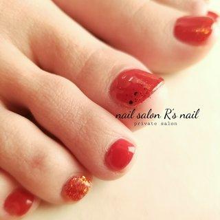 foot nail♡  #フットネイル#フット#赤色ネイル#女子力アップネイル #オールシーズン #バレンタイン #フット #シンプル #ラメ #ワンカラー #レッド #ジェル #r3nail #ネイルブック