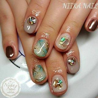 本日のお客様ネイル♡2/7 グレージュ×クリアホワイトで天然石ネイル♪ #gel #gelnail #gelart #nail #nails #naildesign #nailart #nailartist #nailbook #graynails #beigenails #naturalstonenails #shellnails #シェルネイル #天然石ネイル #グレージュネイル #格安ネイル #秋冬ネイル #ジェルネイル #美甲 #niika_nail #板橋区中台 #志村三丁目 #ツヤツヤ #キラキラ #可愛い #シンプル #秋 #冬 #デート #女子会 #ハンド #グラデーション #ラメ #ビジュー #大理石 #ショート #ホワイト #ターコイズ #グレージュ #ジェル #お客様 #Sa7e_Kurihara #ネイルブック