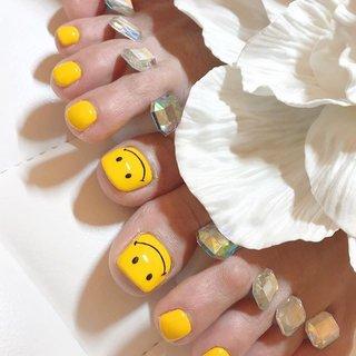 #ニコちゃん #にこちゃん #黄色  #スタッフ募集名古屋 #ネイリスト募集  詳細はお問い合わせください ✨薬剤を使わない一層残し推奨サロン✨ 当店はこんな方にオススメのサロンです ※爪にコンプレックスがある ※美しいフォルムの爪が好き ※毎回のオンオフで爪がペラペラ ※爪がペラペラで一生ジェルネイルが辞められない気がしている ※爪だけではなく手も綺麗になりたい ※モチが悪い ※ケアをしっかりしてほしい  ご新規様特別クーポンあります! プロフィールに貼り付けてあるURLからご確認ください💁🏼♀️ 💅上前津東公園の隣にある貴婦人のような貴方の為のワンランク上のネイルサロン💅  ネイル貴婦人  #ネイル貴婦人 #爪先美人になれる店 #上前津 #大須 #上前津ネイルサロン #大須ネイルサロン #名古屋ネイル #大人サロン #上質サロン #一層残し #フィル #モテネイル #冬ネイル #ジェルネイル #シンプルネイル #スタッフ募集中 #名古屋 #フットネイル #フットジェル #名古屋ネイルサロン#上品ネイル#フォルム#艶#オフィスネイル #yaaayaaa #ネイルブック