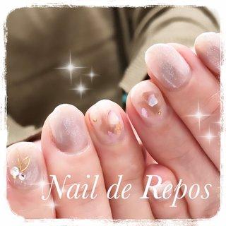 もうすぐお誕生日ですね˚✧₊⁎ おめでとうございます♡ #ハンド #ニュアンス #グレージュ #Nail de Repos〜ルポ〜 #ネイルブック