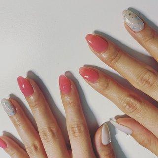 プルンとしたピンク  折れた爪も元どおり⭐︎ #春 #夏 #オールシーズン #ハンド #シンプル #ラメ #星 #ロング #ピンク #グレー #ジェル #お客様 #miyazaki mitsuko #ネイルブック