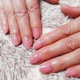 シンプルラメネイルです。 シアーで可愛いピンクを作らせていただきました(^-^) #冬 #オールシーズン #ラメ #petit.chou #ネイルブック
