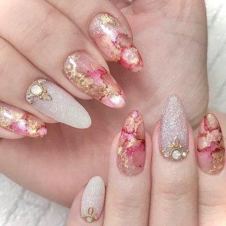 #オールシーズン #ハンド #ホワイト #ピンク #ブラウン #ジェル #ネイルモデル #Makiko Nishikawa #ネイルブック
