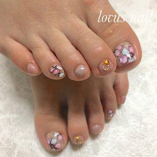 お花フットネイル #シルクflower #春 #フラワー #ピンク #ブラウン #グレージュ #お客様 #aya #ネイルブック