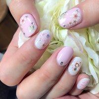 春が来た♬ ネイルを春色にするとお花見に行きたくなりますね^_^ #春 #オールシーズン #パーティー #女子会 #ハンド #ワンカラー #フラワー #チーク #ホワイト #ピンク #パステル #ジェル #nailartist_yoshiko #ネイルブック