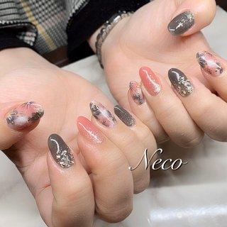 #ハンド #ラメ #フラワー #ピンク #グレー #ジェル #お客様 #nail salon Neco #ネイルブック