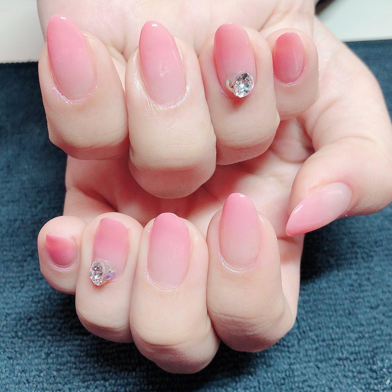#エアブラシ を使った #グラデーション 春らしいお爪になりました♡ #長さだし もして長さを揃えています^_^ #nail__etoile #ネイルブック