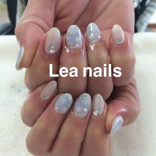 #秋 #冬 #ハンド #チーク #雪の結晶 #ホワイト #ブルー #パステル #ジェル #お客様 #Lea_nails #ネイルブック