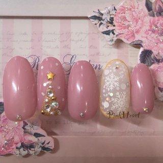 #くすみネイル #くすみピンク #冬 #オールシーズン #ハンド #シンプル #ワンカラー #ビジュー #ミディアム #ピンク #ジェル #ネイルチップ #PinkHeart #ネイルブック