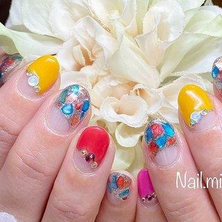 ❤️お客様ネイル❤️ ⭐️ She loves colors! Me too🎶⭐️ ネイル大好きなお客様😍 とにかく、いつもカラフルな色の選択で私も楽しくなります🥰 色って、可愛い!組み合わせ自由❣️ 色が好きなとこが、お客様との共通点なのかなぁ~👍❤️ とにかく可愛いお客様❤️ ショートカットがまた可愛かったなぁ😌💕 #nailmiyu2 #色を楽しみたい #組み合わせ #nailstagram  #nails  #シェルネイル  #楽しい時間  #福岡市中央区薬院ネイル #変形フレンチ #可愛いママネイル #colourful  #manicurista  #manicurist #ミスミラージュエデュケーター  #福岡市中央区薬院ネイル #ネイルブック公式サロン福岡市 #旅行 #リゾート #ブライダル #パーティー #ハンド #変形フレンチ #ラメ #ビジュー #シェル #シルバー #カラフル #ジェル #お客様 #Miyuki Nakayama #ネイルブック