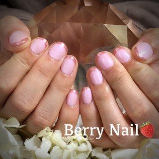 #ピンク #ピンクミラー #ミラーフレンチ #オールシーズン #バレンタイン #ハンド #シンプル #フレンチ #ミラー #ショート #ピンク #メタリック #ジェル #お客様 #Berry Nail #ネイルブック