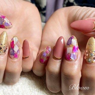 #シェル#ラメ#春 #ラメ #ワンカラー #シェル #ピンク #ゴールド #bloom_87 #ネイルブック