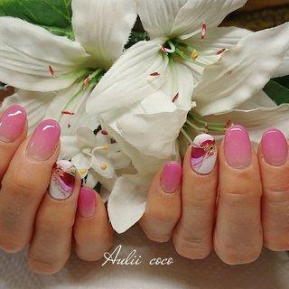 #春 #バレンタイン #ブライダル #パーティー #ハンド #グラデーション #たらしこみ #ニュアンス #ホイル #和 #ミディアム #ホワイト #ピンク #グリーン #ジェル #お客様 #Aulii coco #ネイルブック