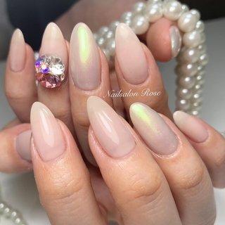 #シンプル #ワンカラー #ビジュー #ミラー #ベージュ #ピンク #nailsalon Rose #ネイルブック