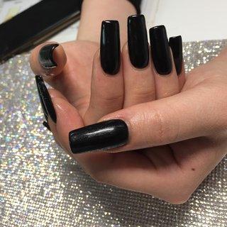 ジェルチップにブラックのワンカラー! ジェルチップはラウンド、コッフィン、スティレット、スクエアとお好きな形をお選びいただけます! #ロング #ブラック #お客様 #Best shinjyuku #ネイルブック