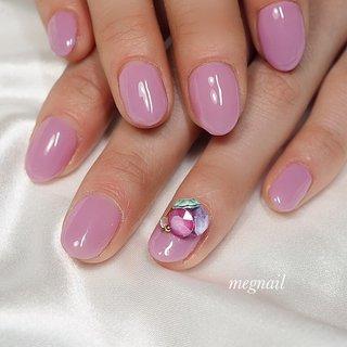 春色ラベンダーピンクに  ワンポイントビジュー✨   #パープル#ラベンダーピンク#lavender#ピンク#pink#ビジューネイル #スワロフスキー# #春 #春色#春ネイル #高感度 #女っぷり #清潔感 #spring#うる艶ネイル #うる艶 #うる艶ピンク #可愛い#上品ネイル #大人ネイル #大人女子 #大人可愛いネイル #大人上品 #ネイルアート #素敵#megnail #フェミニン#feminine#美人# #春 #パーティー #デート #女子会 #ハンド #ワンカラー #ビジュー #ショート #パープル #ジェル #お客様 #megnail #ネイルブック