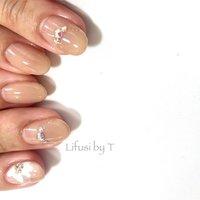 """・ ・ ・ #西日暮里 #ネイルアート  #アート #東京  #ジェルネイル  #ネイルサロン  #ネイルデザイン  #たらしこみアート #flower #フィルイン #nishinippori #シンプル #一層残し #Lifusi #gelnails  #nails #nail #japanese  #tokyo #japanesenail  #instanail #nailstagram #thankyou #art #artwork #simple  #naildesign #natural #fashion #design  _____TOMOKO___⑅◡̈*_________________________ ・☎︎090-7403-5333 (LINE OK) ・LINE検索→→ neiru.toro ・ ・トップ画面よりご予約可能です。 ・📩neiru.toro@gmail.com ※留守番またはメールを頂ければ折り返しご連絡いたします。 ・ Lifusi by T TOMOKO 116-0013 東京都荒川区西日暮里5-18-8小野ビル302 [西日暮里駅2分・日暮里駅6分] #春 #オールシーズン #ハンド #シンプル #フラワー #たらしこみ #ミディアム #ホワイト #ベージュ #ジェル #お客様 #""""フィルイン専門店"""" Lifusi TOMOKO #ネイルブック"""