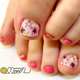 #春 #夏 #海 #フット #ワンカラー #フラワー #ショート #ホワイト #ピンク #パープル #ジェル #お客様 #NailSalon MOON #ネイルブック
