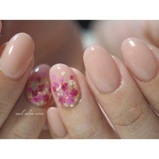 押し花グラデ♡  #フラワー #押し花ネイル #春 #ワンカラー #押し花 #ピンク #nail_ecrin #ネイルブック
