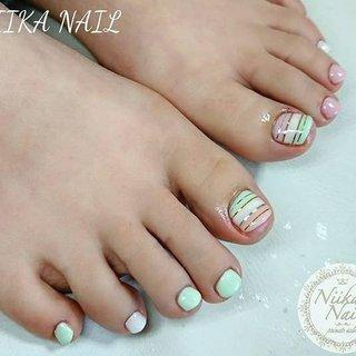 本日のお客様ネイル♡2/12 パステルな3色で先取り春フットネイル♪ #gelnail #nail #nails #naildesign #nailart #nailartist #nailbook #footnails #pedicures #pedi #フットネイル #ペディキュア #springnails #pastelnails #パステルカラーネイル #春ネイル #ラインテープネイル #格安ネイル #くジェル #ジェルネイル #美甲 #niika_nail #板橋区中台 #志村三丁目 #ツヤツヤ #キラキラ #可愛い #シンプル #春 #夏 #デート #女子会 #フット #ボーダー #ショート #ホワイト #ピンク #グリーン #ジェル #お客様 #Sa7e_Kurihara #ネイルブック