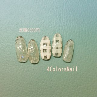 3/1からのお得な定額プランです♥️ こちらはデザインは6500円(税別・オフ別途)です! 写真では色がわかりにくいですが、ホワイトとパステルグリーンのチェックです❗ クリアベース✖️チェックで、さりげなくお洒落に✨ 自分好みのカラーにカスタマイズ🆗👌 ご利用は3/1からですが御予約は受付中です! 御予約、お待ちしておりますm(__)m ・ デザイン:SANAE #春 #ハンド #ラメ #チェック #ピーコック #ミディアム #パステル #ジェル #ネイルチップ #4Colors Nail #ネイルブック